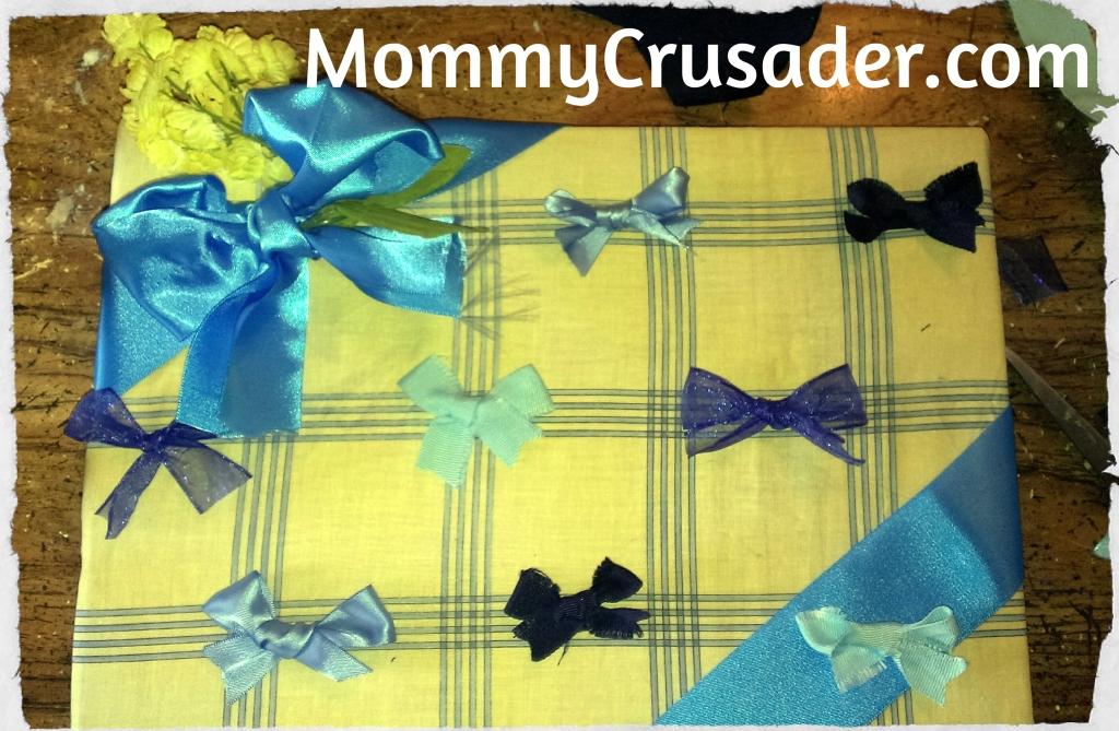 Using bows to create the layout. | MommyCrusader.com